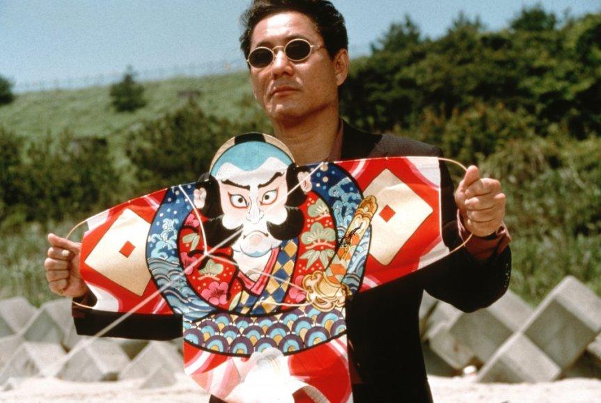 hana-bi-1997-001-takeshi-kitano-holding-kite-00n-etq