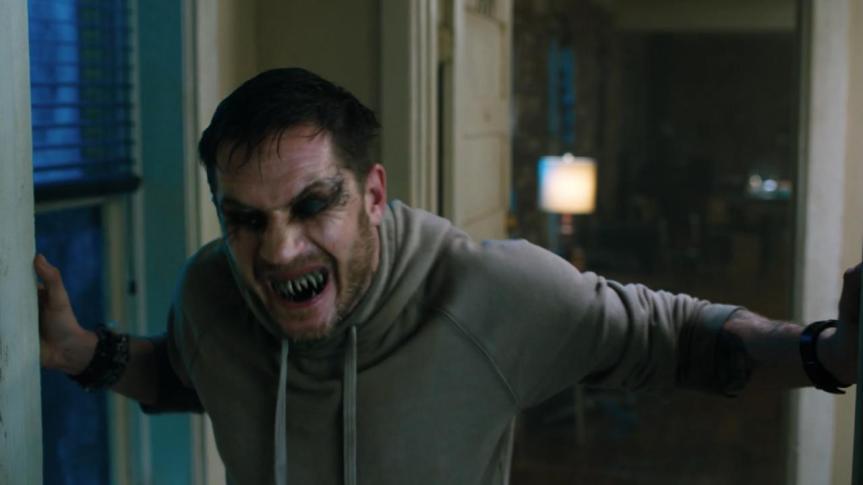 tom-hardy-vecht-met-innerlijke-demon-venom-in-nieuwe-trailer